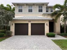 10554 Nw 70th Ln , Doral, FL, 33178 - MLS A10498136