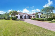 8930 Parkside Estates Dr , Davie, FL, 33328 - MLS A10565111