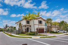 10012 Nw 87th Ter , Doral, FL, 33178 - MLS A10663432
