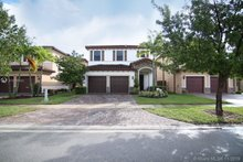 651 SE 34th Ave, Homestead, FL, 33033 - MLS A10765342